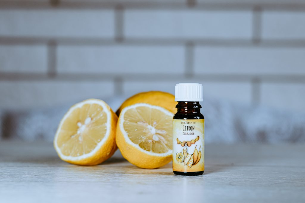 esenciální olej citron očista osvěžení aromaterapie detoxikace zklidnění
